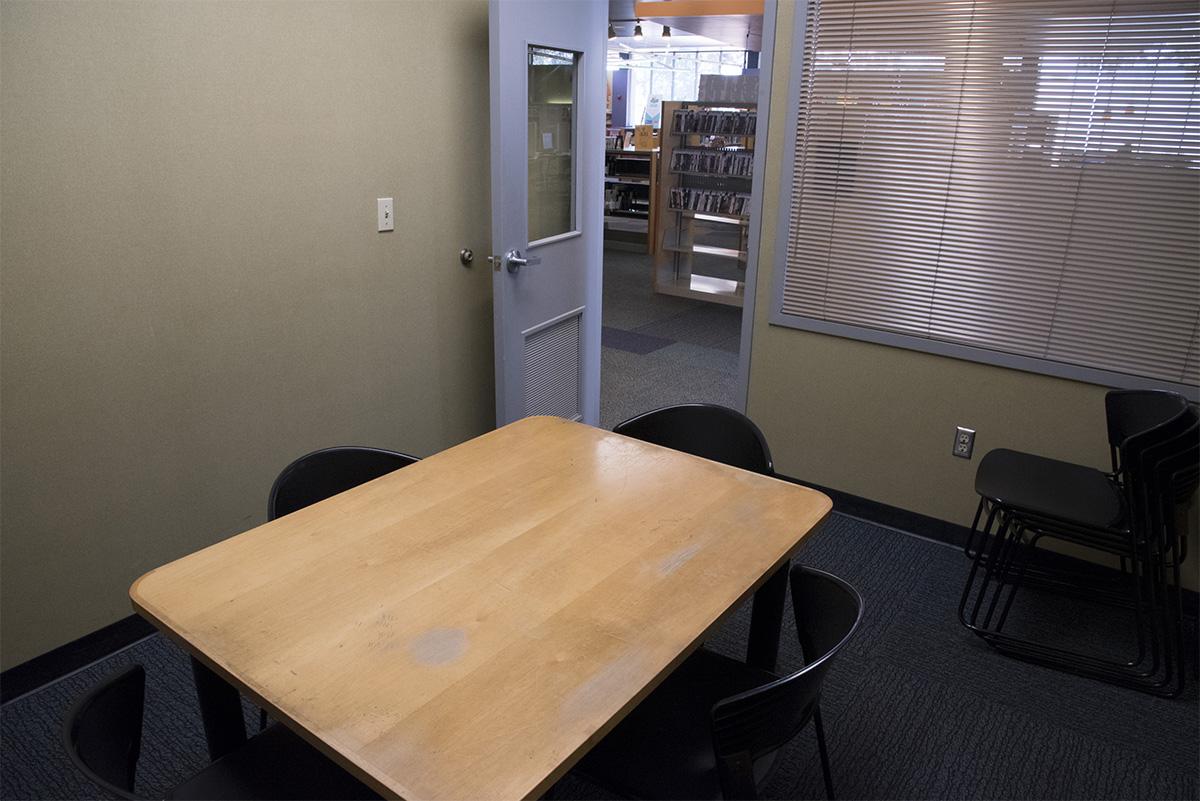 Dallas West - Study Room 1