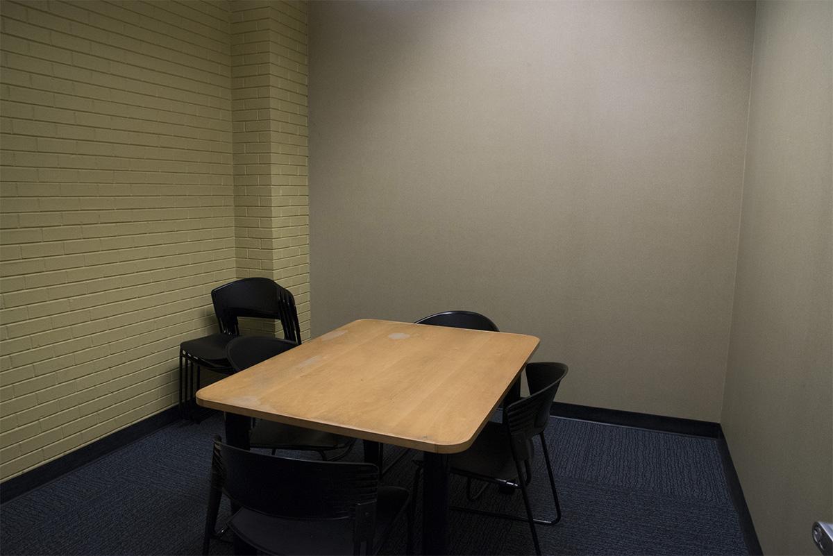 Dallas West - Study Room 2