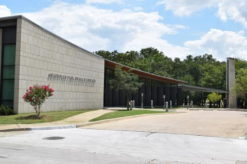 Grauwyler Park Branch Library