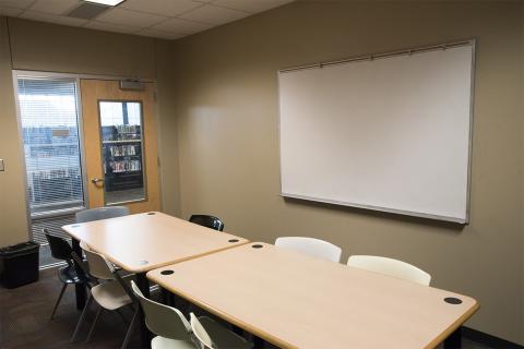 Hampton-Illinois - Study Room 2