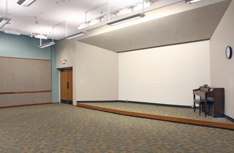 Lakewood - Auditorium